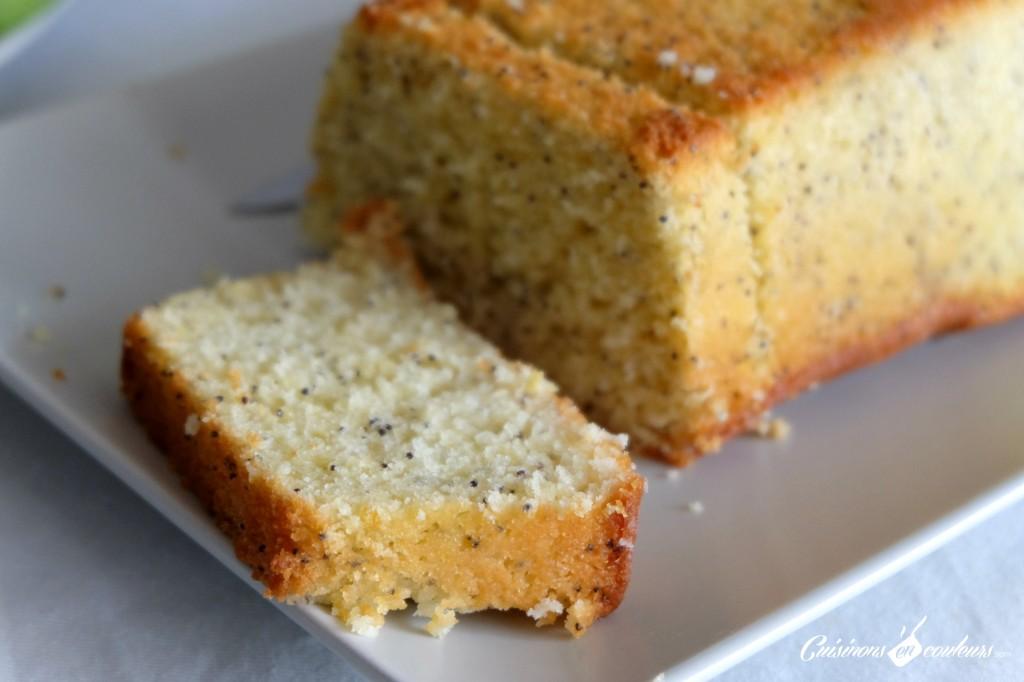 Cake fondant et acidulé aux graines de pavot