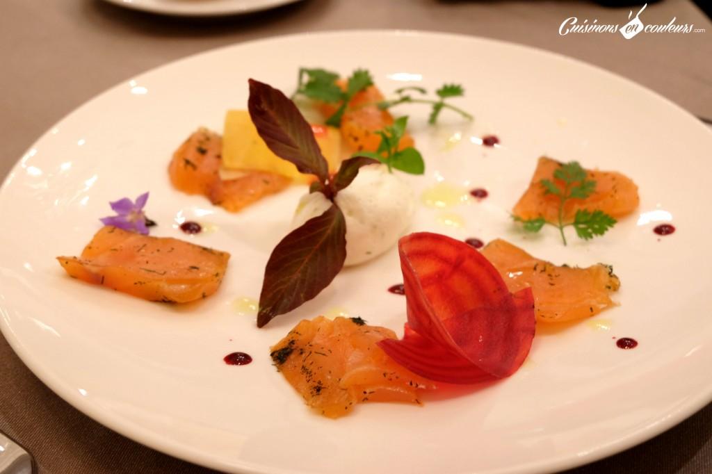 Effeuillé de saumon mariné à l'aneth, délice de crème fouettée au citron vert - Le 16 Haussman