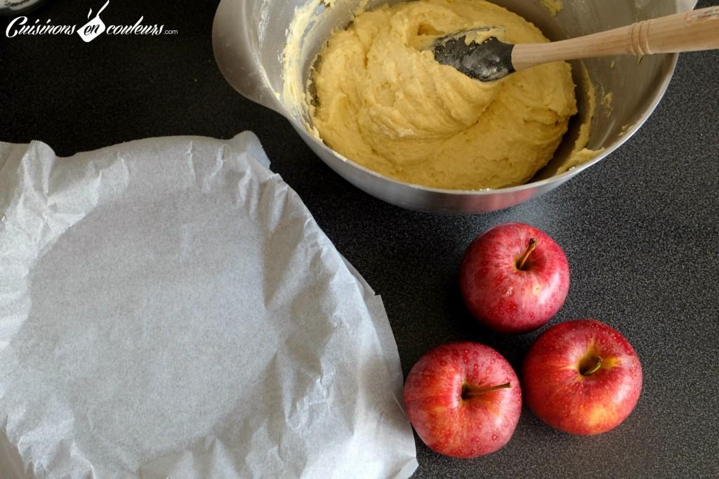 Préparation du gâteau-tarte aux pommes