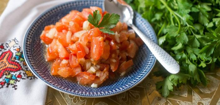 Salade marocaine aux tomates et oignon
