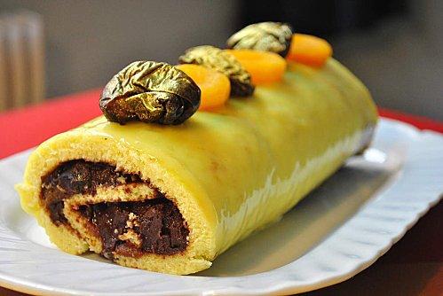 buche - Bûche au chocolat noir et aux fruits secs