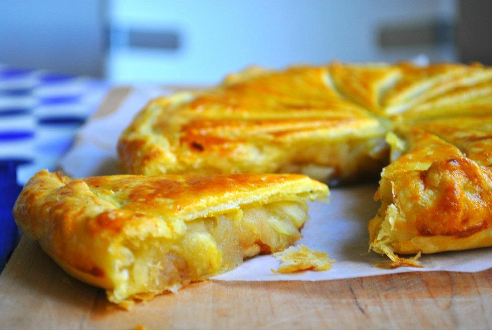 galette - Galette des Rois aux pommes et à la pâte de spéculoos