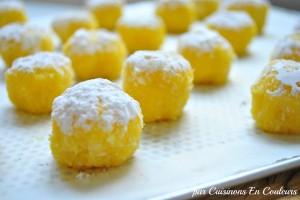 ghriyba-300x200 - Ghriyba : Macarons à la semoule et à la noix de coco