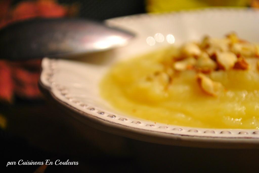 soupe-panais3-1-1024x685 - Soupe de panais aux pommes et aux noisettes