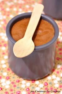 mousse-au-chocolat-200x300 - Une mousse au chocolat noir à se damner : THE recette!