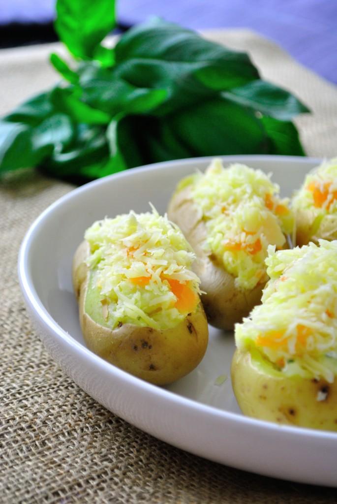 DSC_0221-1-685x1024 - Pommes de terre farcies au saumon fumé
