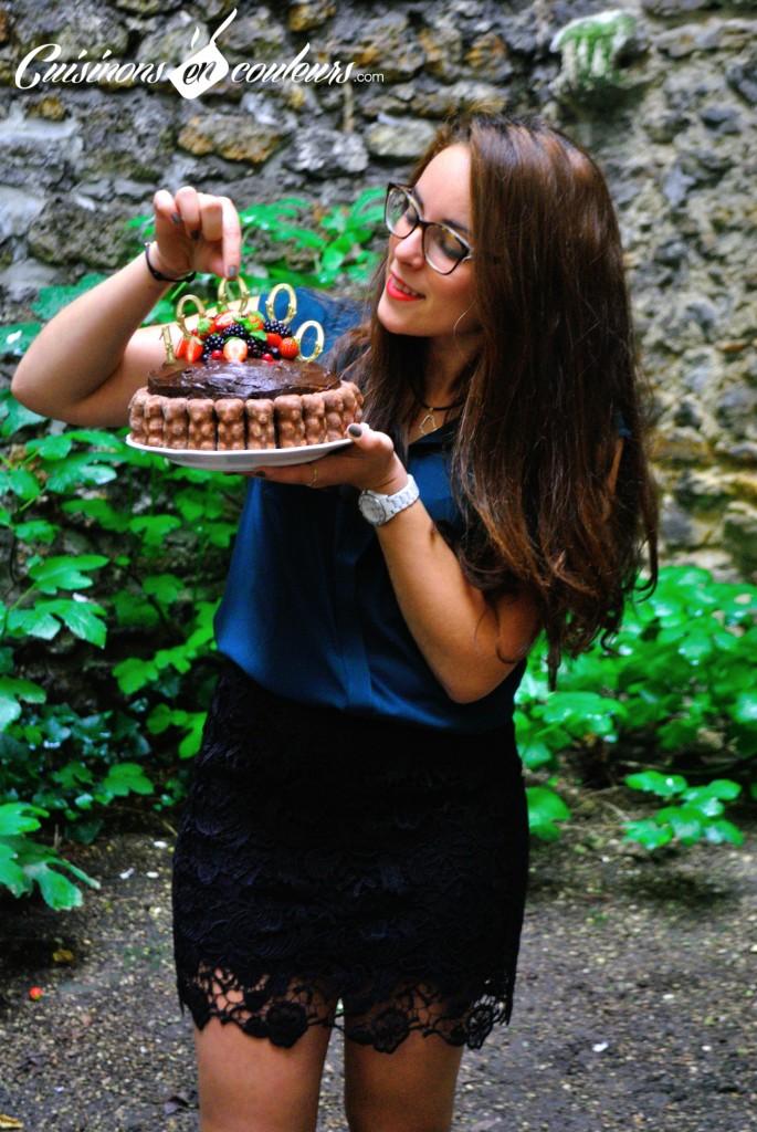 salma-el-fallah-685x1024 - 10 000 abonnés et un Layer Cake au chocolat et aux fruits rouges pour fêter ça !