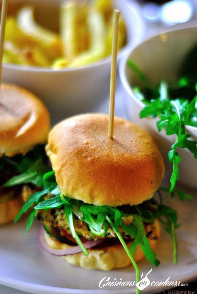 cocorico-bar-a-burger-1-685x1024 - Paris ou la folie des Burgers: pour l'originalité, optez pour le Bar à Burger