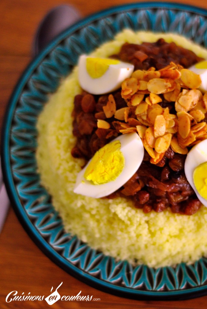 couscous-tfaya1-685x1024 - Couscous Tfaya, le couscous aux oignons et raisins secs  caramélisés
