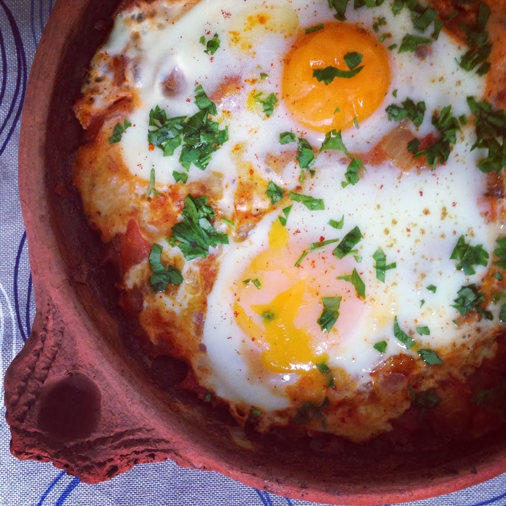 image-7- - TBM, plus communément appelé Tajine Bid et Maticha (Tajine d'oeufs à la tomate)