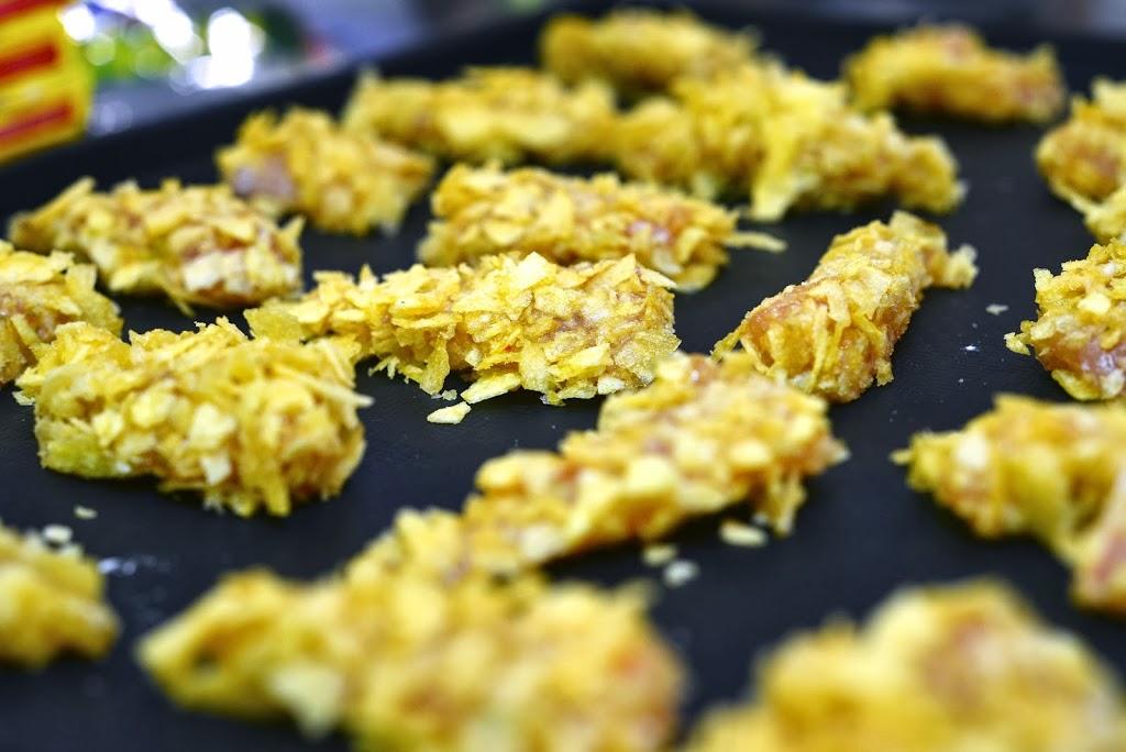 DSC_1073 - Aiguillettes de poulet panées aux chips et sauce tomatée pour un atelier MAGGI-QUE!