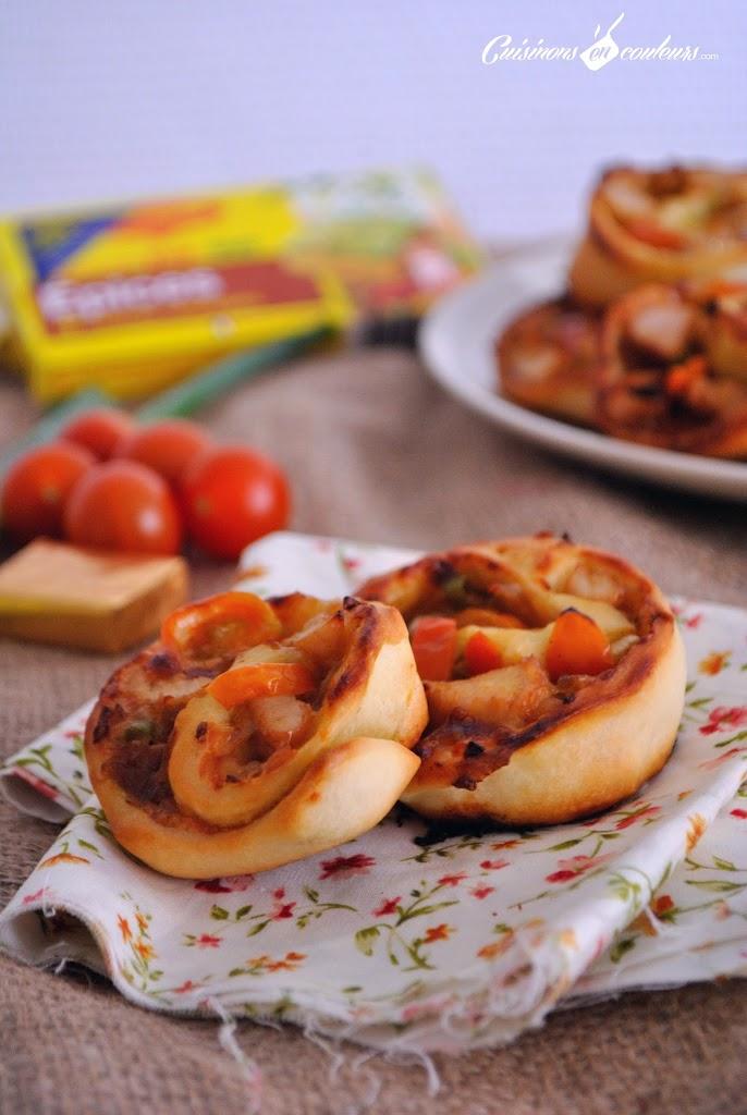 Pizza-roule-CC-81e-au-poulet - Pizza roulée au poulet, oignons et tomates