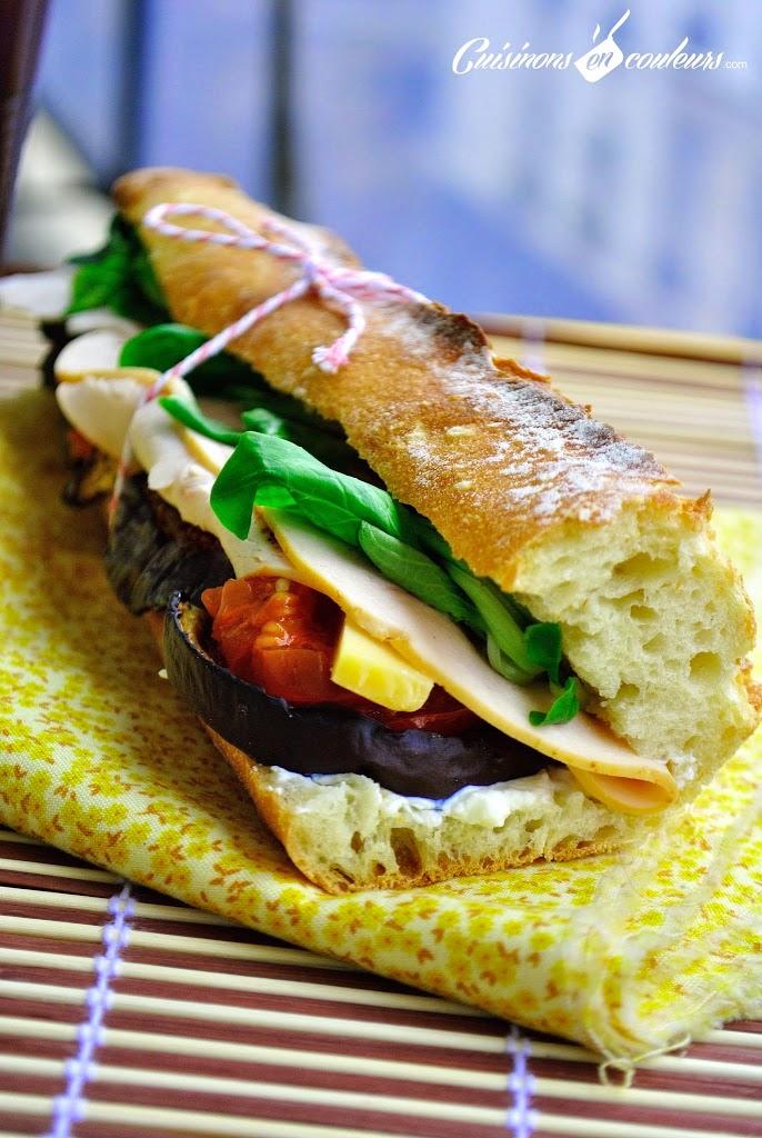 sandwich-aux-legumes - Sandwich en couleurs au poulet, à l'aubergine et la tomate