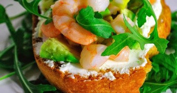tartine-crevettes-avocat-351x185 - Cuisinons En Couleurs