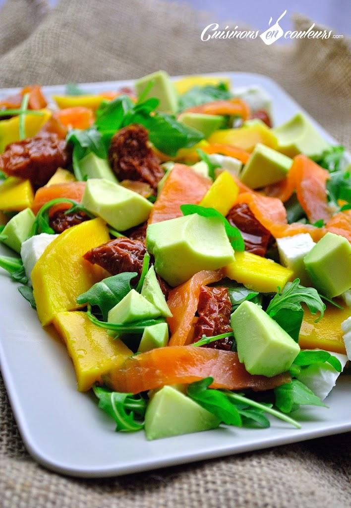 salade-2Bmangue-2Bsaumon - Salade au saumon fumé, à la mangue et plein de bonnes choses