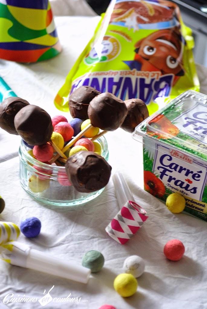 cake-2Bpops-2Bcarrefrais-2Bbanania - Cake pop's au Carré Frais et au chocolat en poudre Banania