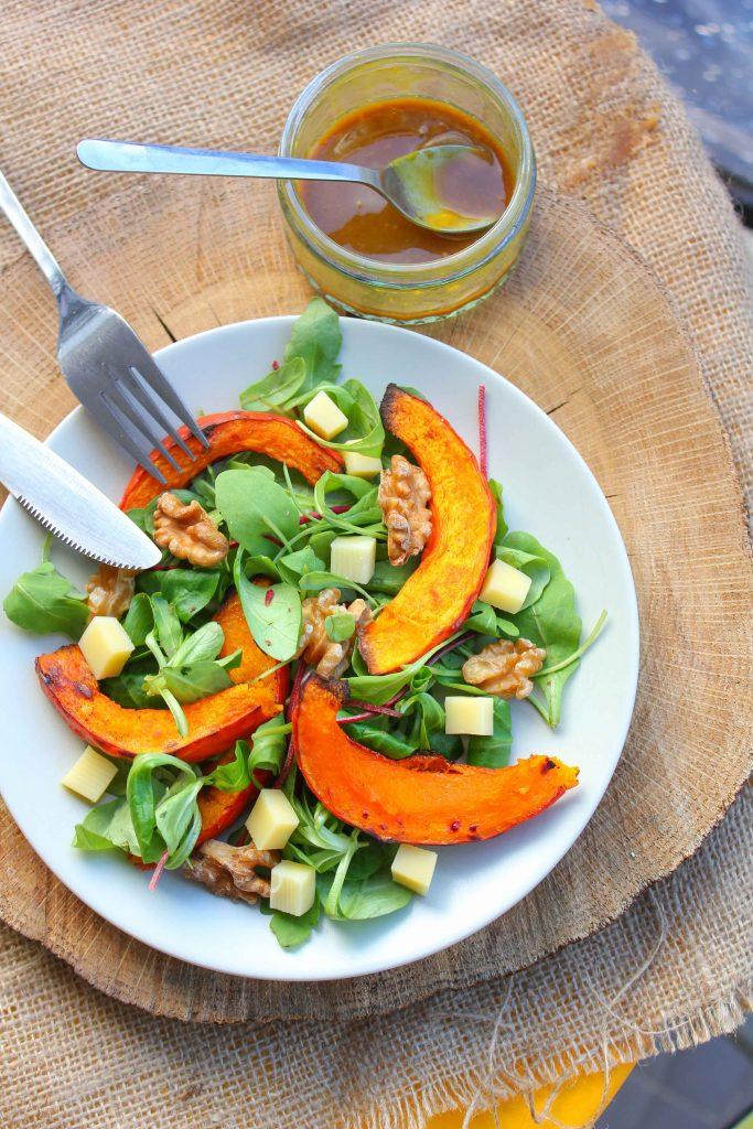 Salade-de-potiron-roti-aux-noix-683x1024 - Salade de potiron rôti, betterave, comté et noix