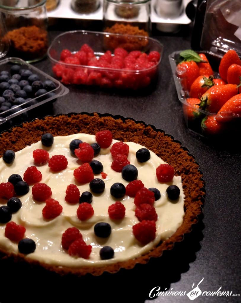 Cheesecake-en-préparation-813x1024 - Tarte façon cheesecake aux fruits rouges
