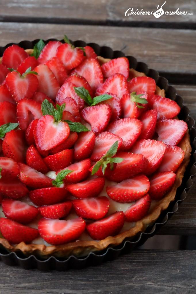 Tarte-aux-fraises-et-à-la-menthe-682x1024 - Tarte aux fraises sur une crème pâtissière à la menthe