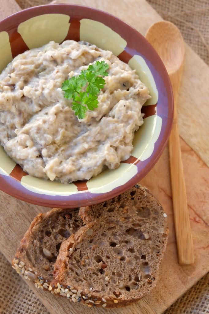 Caviar-daubergines-fumées-au-yaourt-682x1024 - Caviar d'aubergines fumées