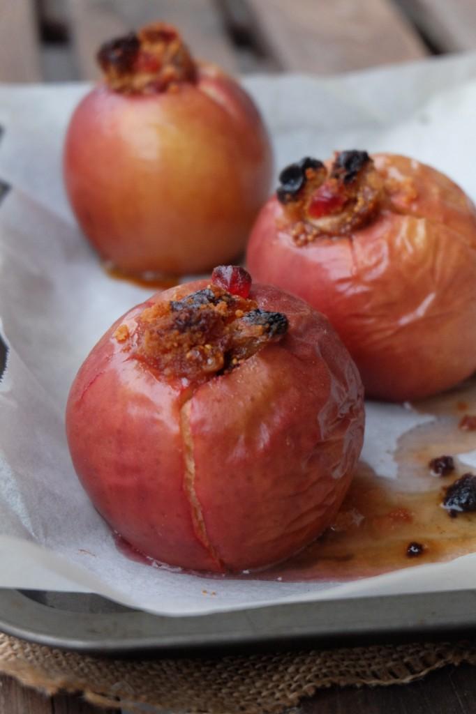 DSCF0933-e1444212875931-682x1024 - Pommes au four farcies aux fruits secs