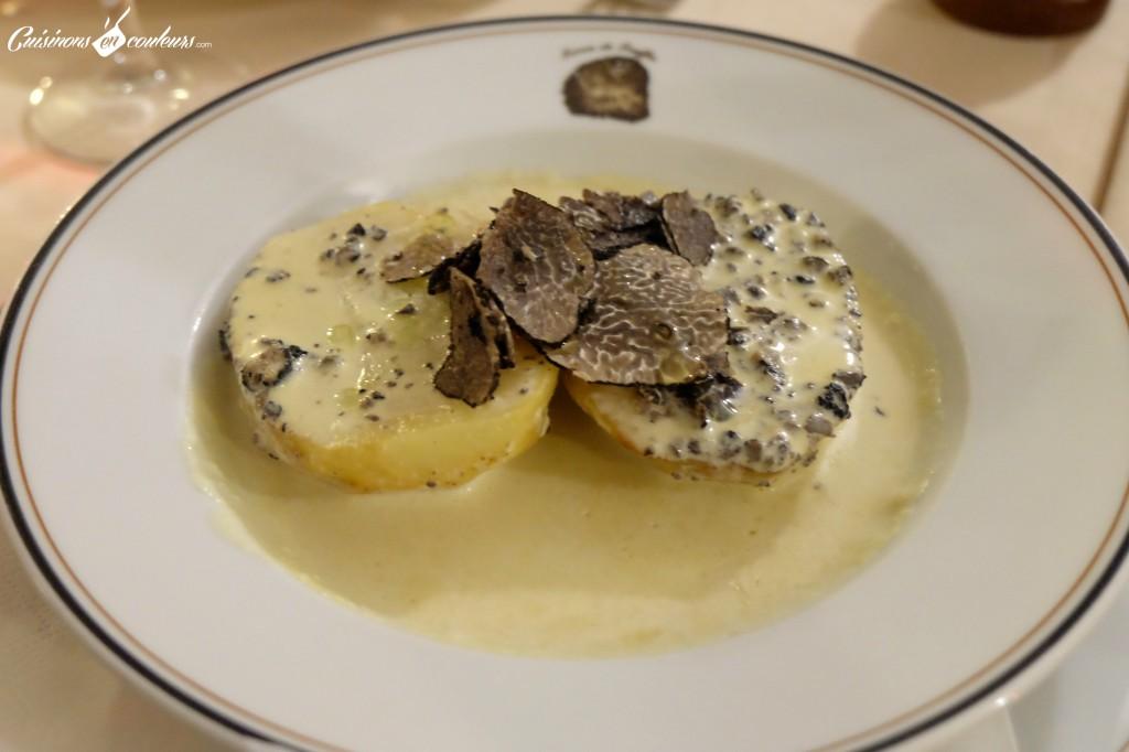 """Pomme-de-terre-en-robe-des-champs-truffe-1024x682 - Terres de Truffes : un restaurant autour du """"diamant noir"""" !"""