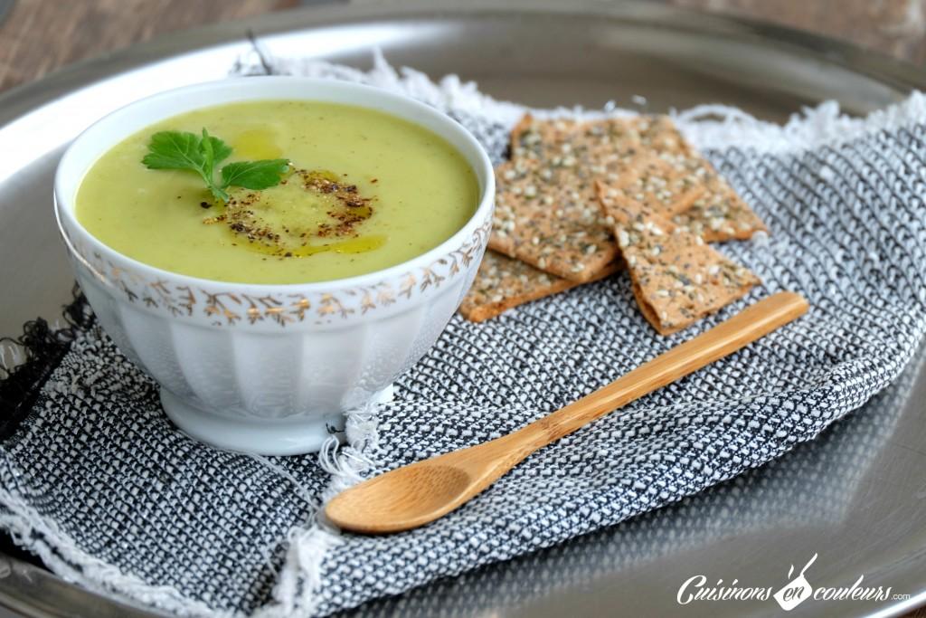 soupe-courgettes-coco-1024x683 - Velouté de courgettes à la boisson végétale à la noix de coco