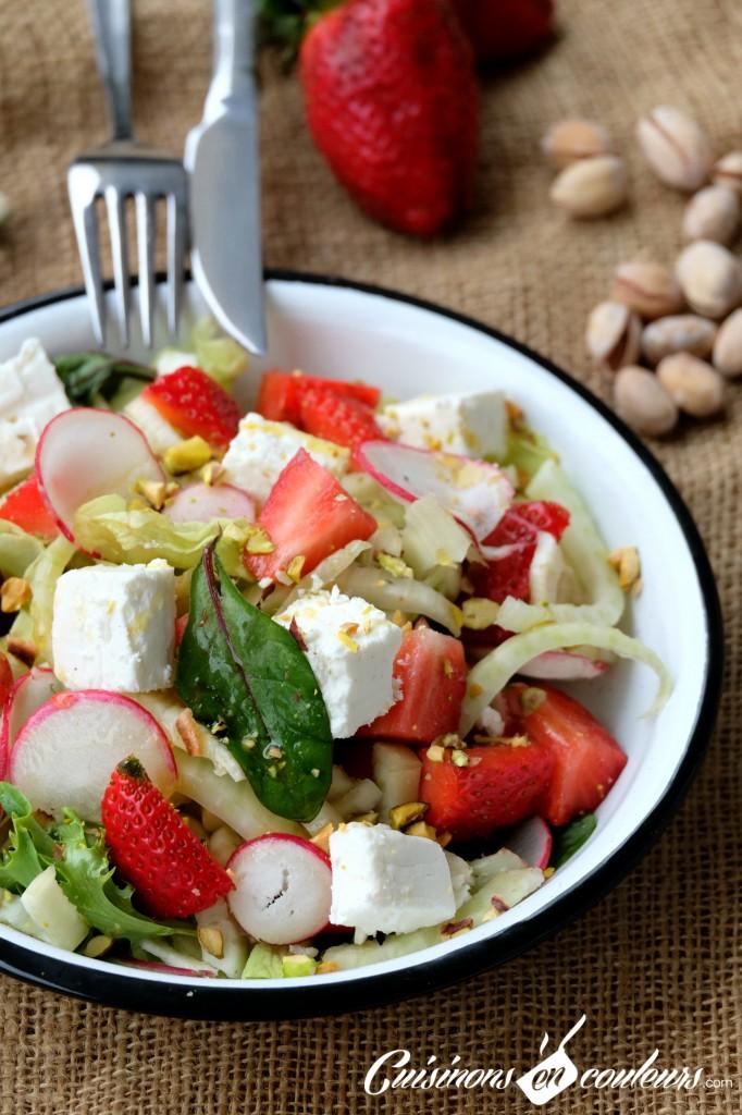 Salade-fenouil-682x1024 - Salade de fenouil aux fraises et pistaches
