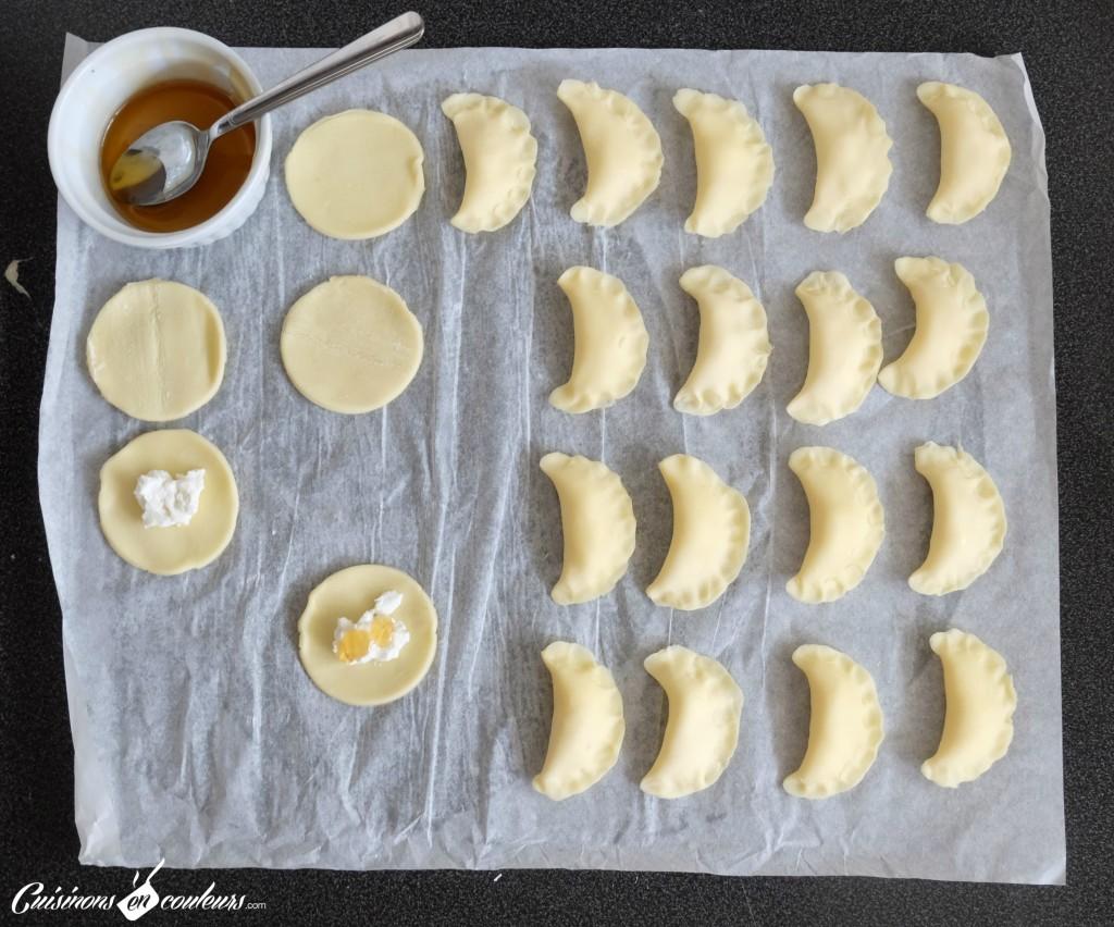Chaussons-faciles-a-faire-1024x852 - Chausson au fromage de chèvre et au miel