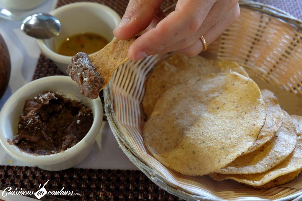 Frijoles-refritos-1024x682 - 15 spécialités mexicaines à goûter absolument lors de votre voyage