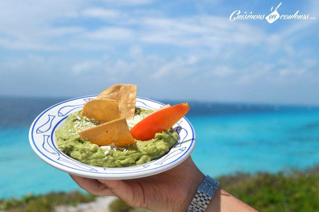 Guacamole-Mexican-Food-1024x682 - 15 spécialités mexicaines à goûter absolument lors de votre voyage