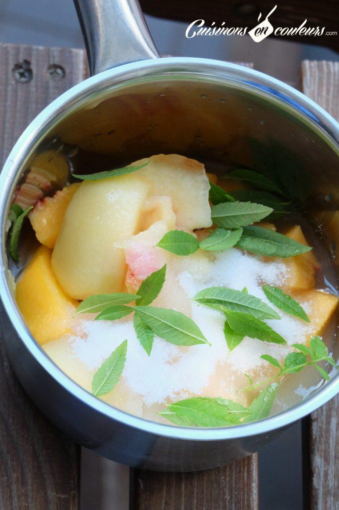 Sirop-de-peche-pour-limonade-682x1024 - Limonade maison aux pêches et à la verveine