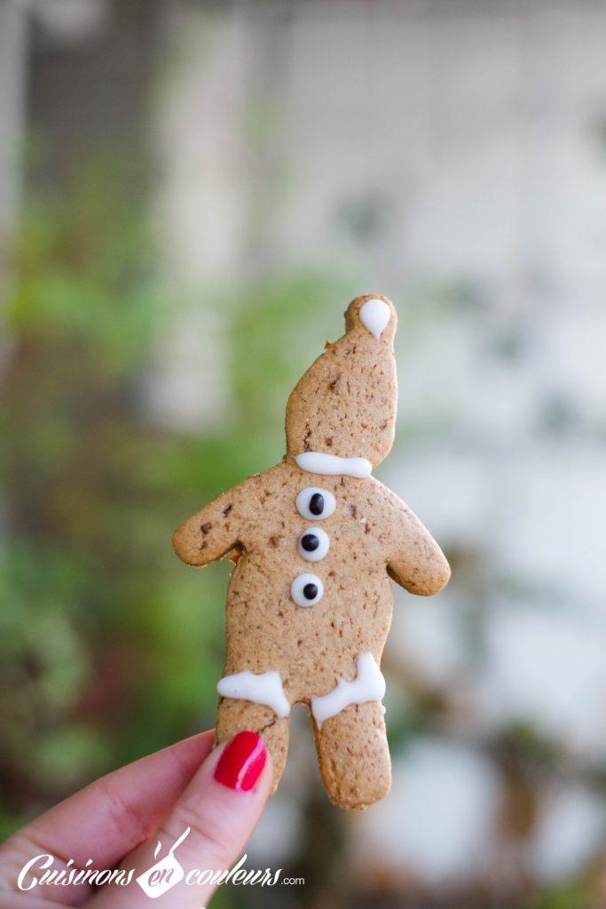 biscuits-12-683x1024 - Bonhommes en pain d'épices de Noël