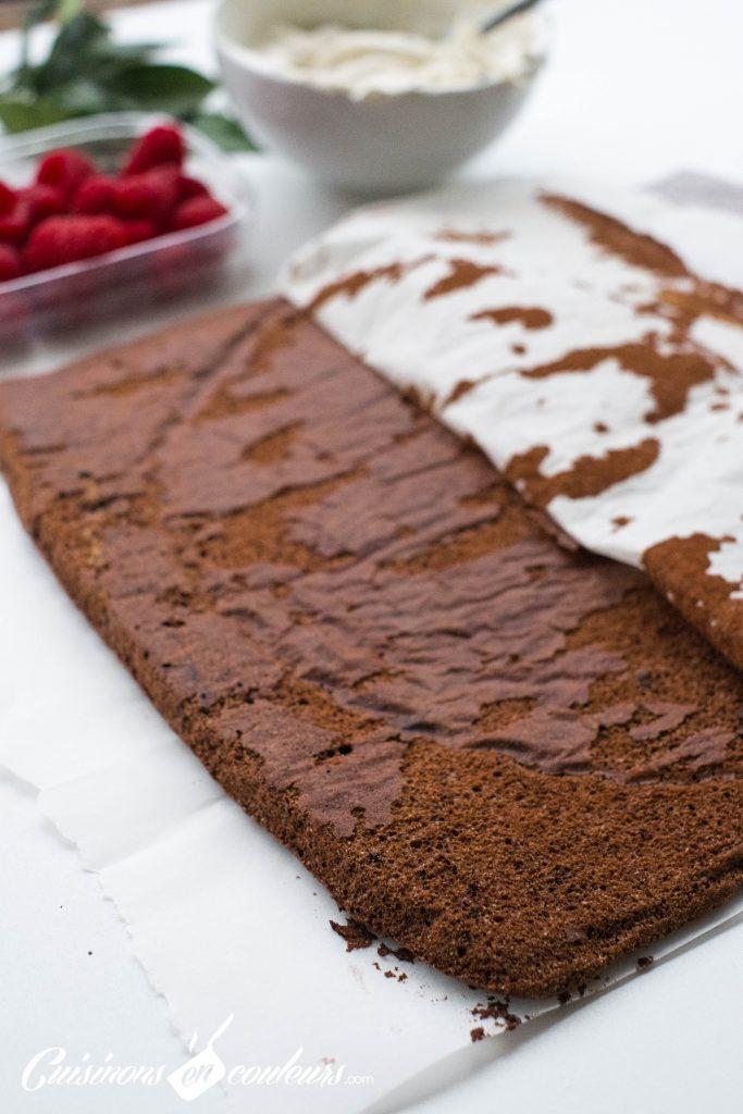 buche-au-chocolat-5-683x1024 - Bûche au chocolat et aux framboises