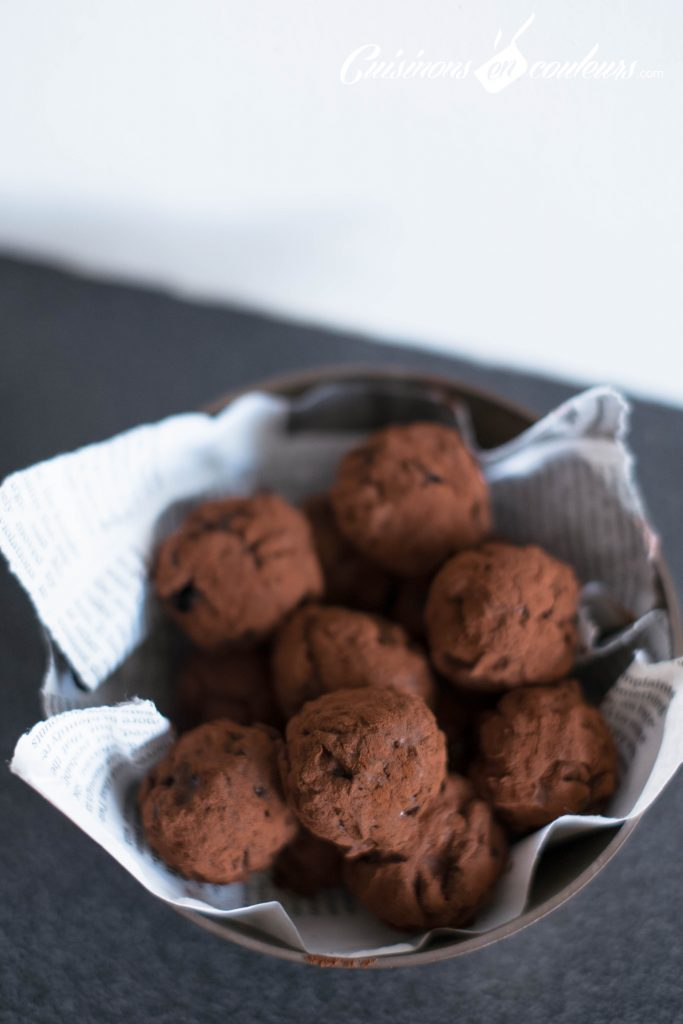 truffes-aux-pruneaux-9-683x1024 - Truffes aux pruneaux séchés