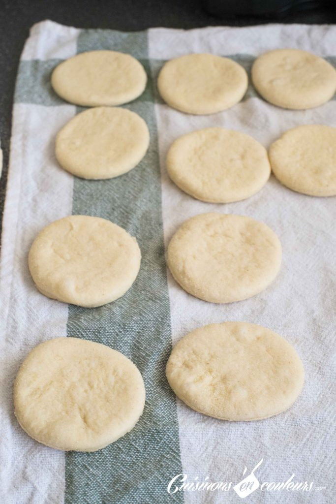 Batbout-avant-cuisson-7-683x1024 - Batbout, recette facile expliquée pas à pas