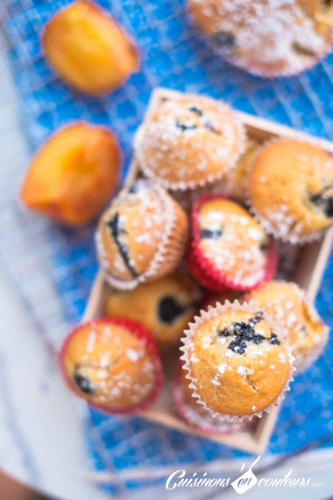 Muffins-nectarines-et-myrtilles-5-683x1024 - Muffins aux nectarines et aux myrtilles