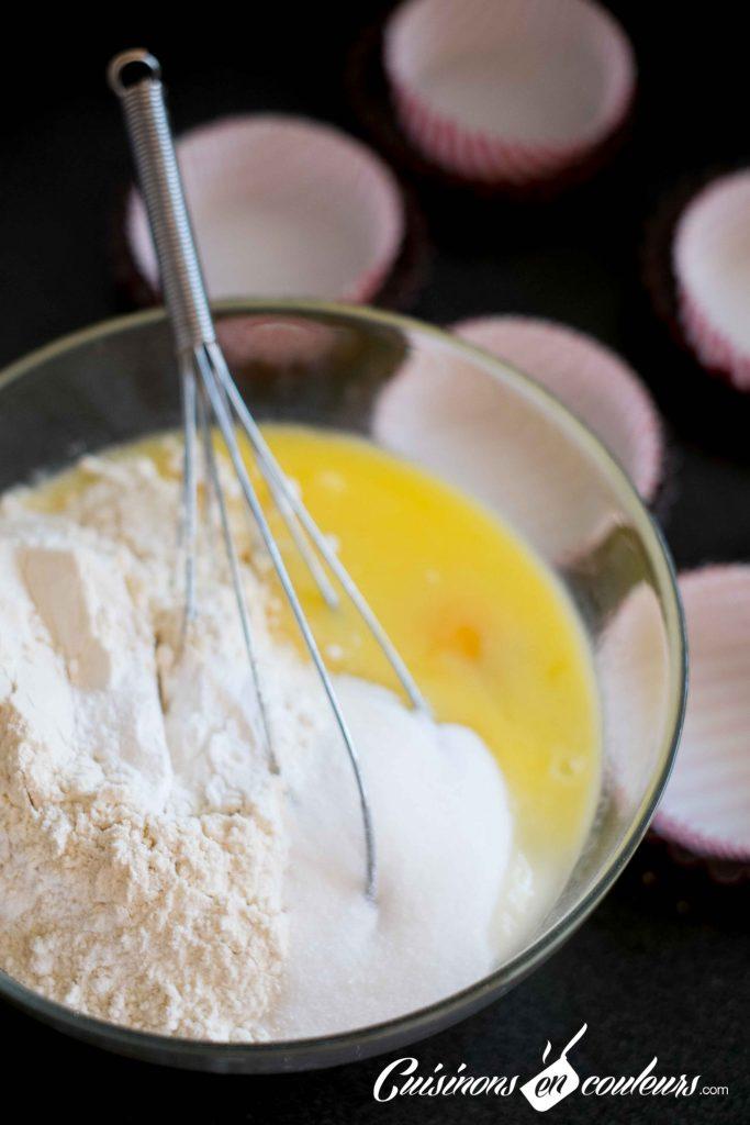 Muffins-nectarines-et-myrtilles-7-683x1024 - Muffins aux nectarines et aux myrtilles