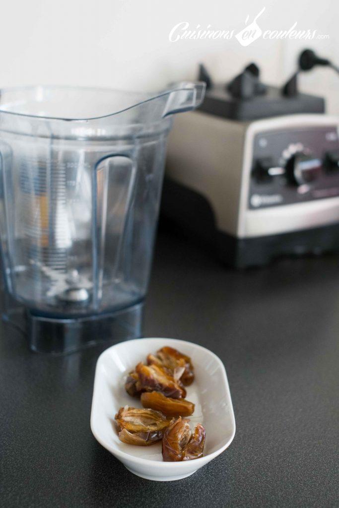 Jus-de-dattes-a-la-cannelle-683x1024 - Jus de dattes à la cannelle et à l'eau de fleur d'oranger