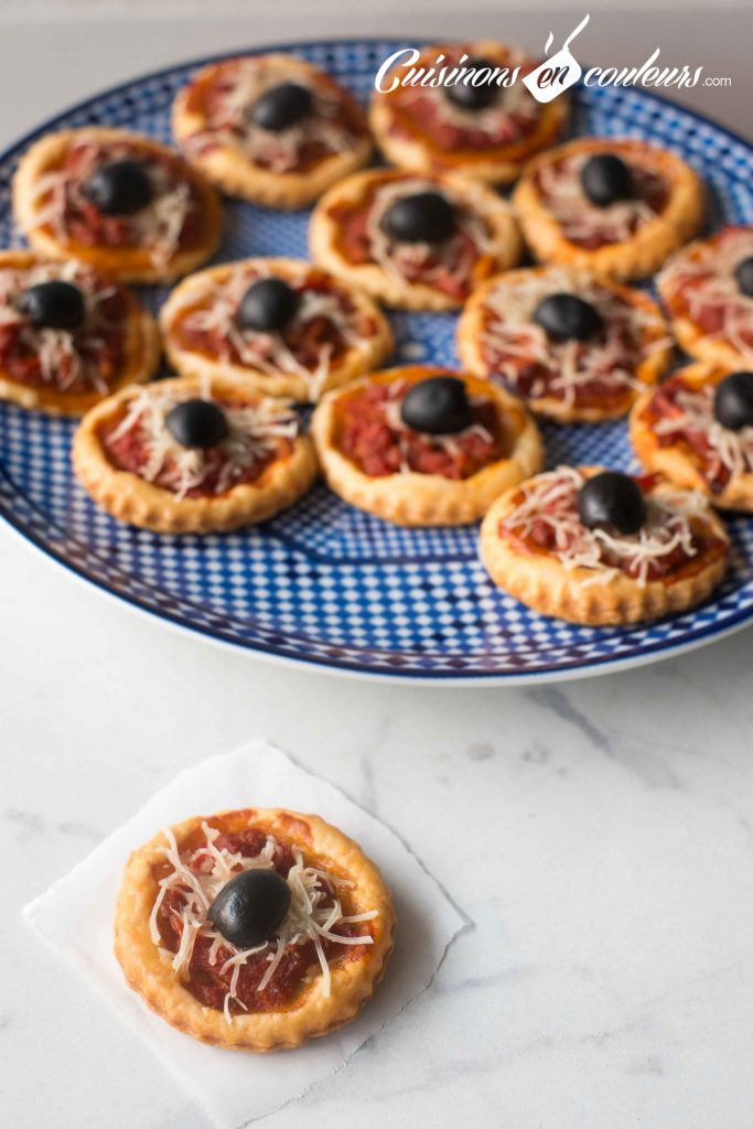 Petits-pizza-a-la-marocaine-2-683x1024 - Mini pizza feuilletée à la marocaine