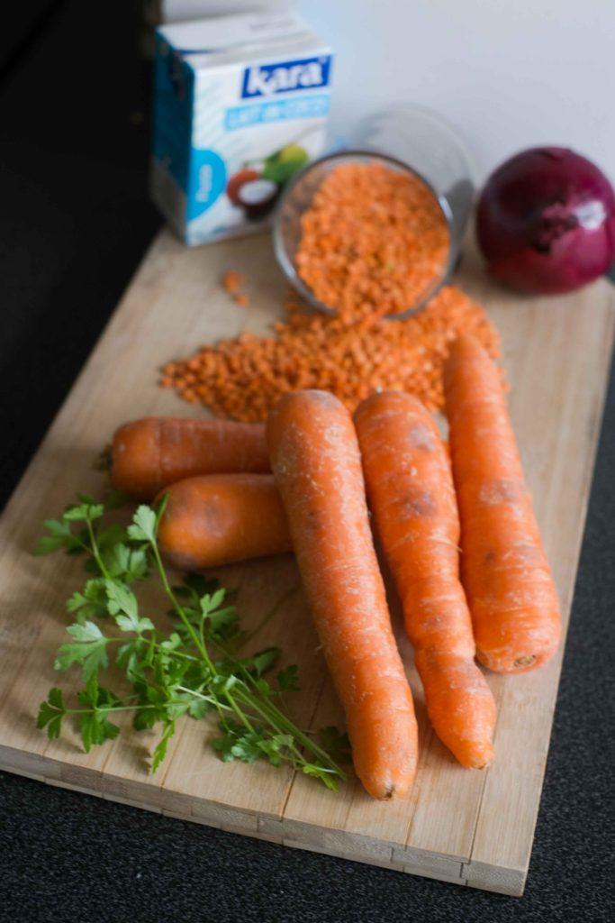 2-Ingrédients-veloute-carottes-683x1024 - Velouté de carottes et lentilles corail à la noix de coco