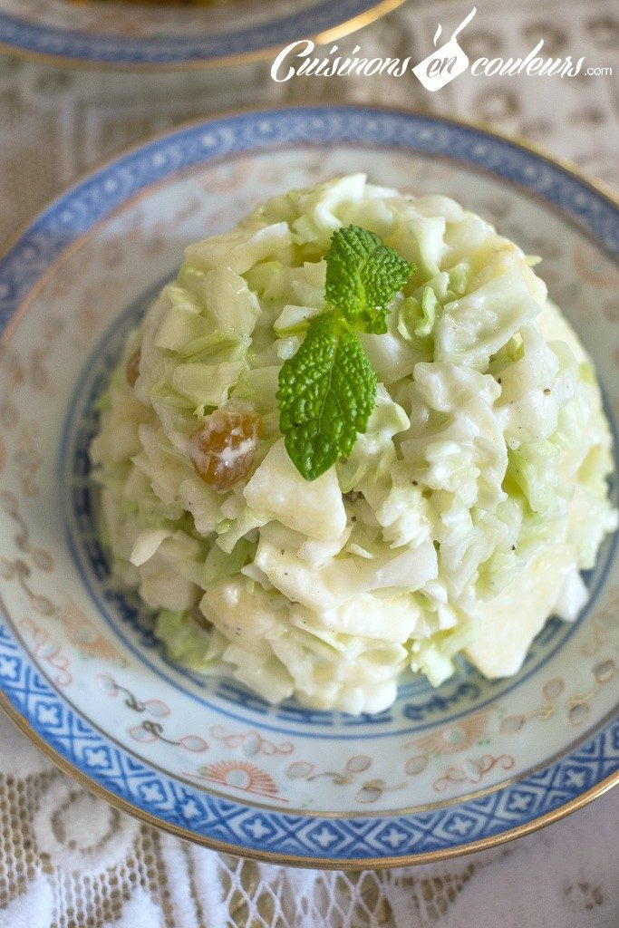 Salade-de-chou-aux-pommes-et-raisins2-683x1024 - Salade de chou blanc à la pomme et aux raisins secs