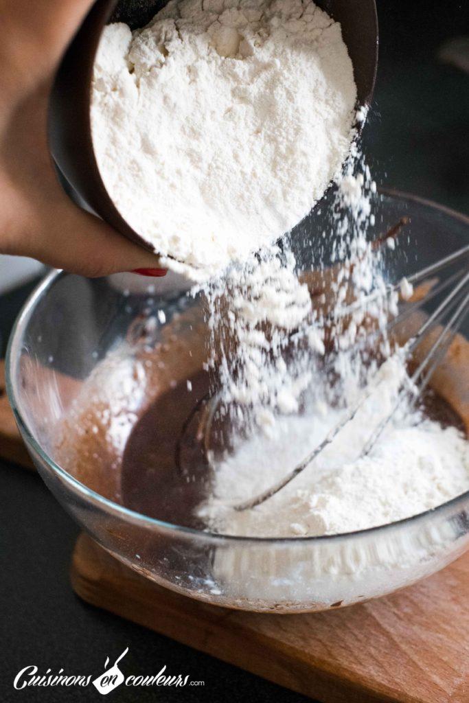 Cake-surprise-paques-6-683x1024 - Cake Vanille Chocolat surprise pour Pâques