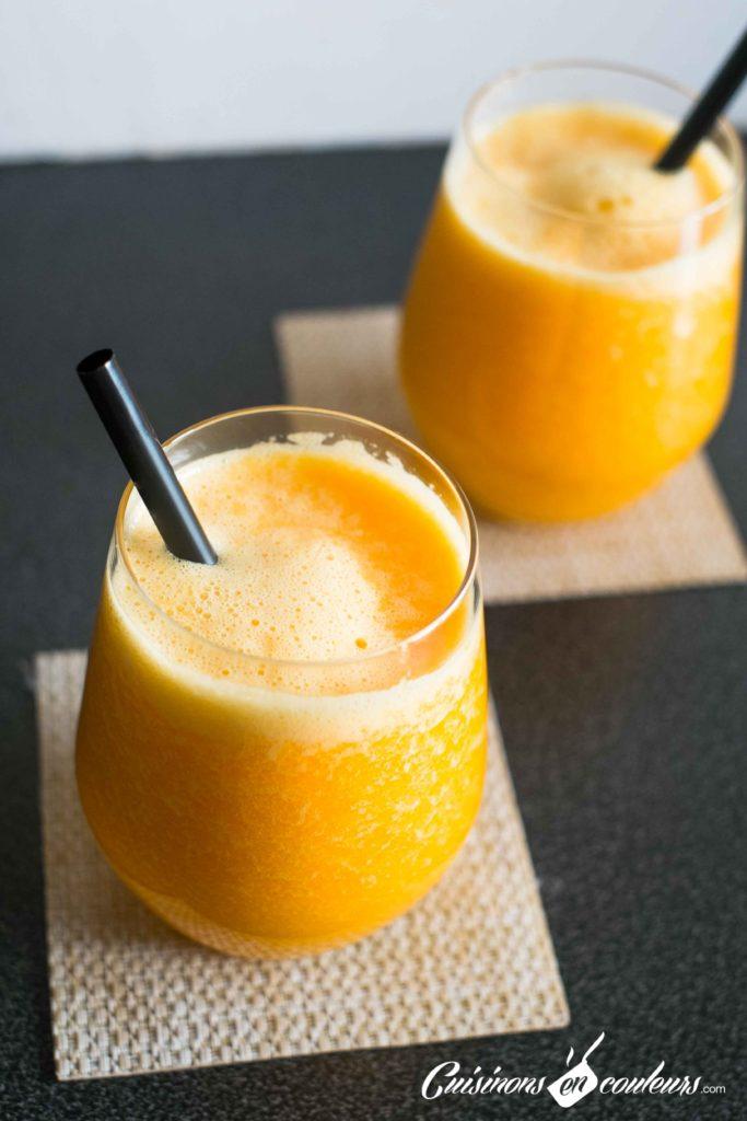Jus-carottes-orange-6-683x1024 - Jus de carotte aux oranges