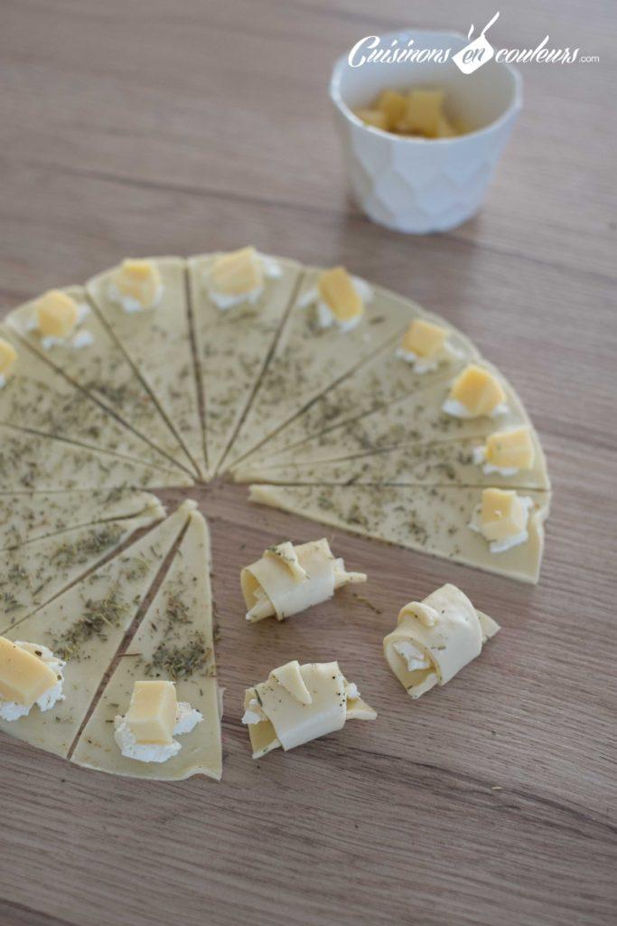 Mini-croissant-fromage-3-683x1024 - Mini croissants aux fromages