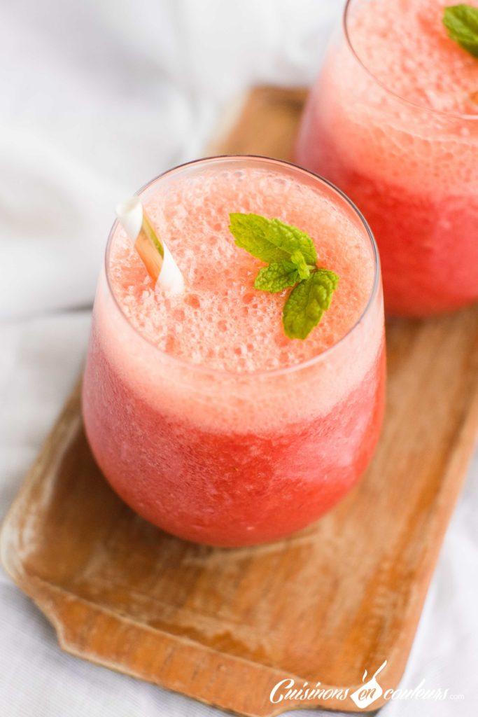 jus-de-fraises-10-683x1024 - Jus de fraises, orange et citrons verts