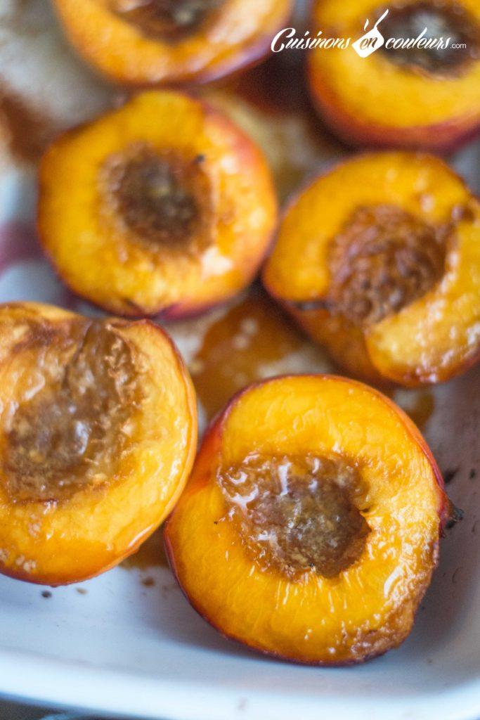Nectarines-roties-5-683x1024 - Nectarines rôties avec un coeur de glace à la vanille