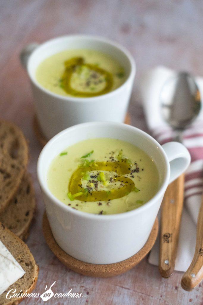 Veloute-poireaux-11-683x1024 - Velouté de poireaux au fromage aux fines herbes