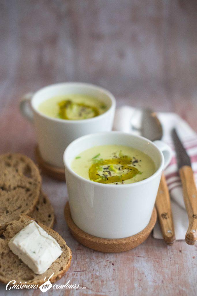 Veloute-poireaux-12-683x1024 - Velouté de poireaux au fromage aux fines herbes