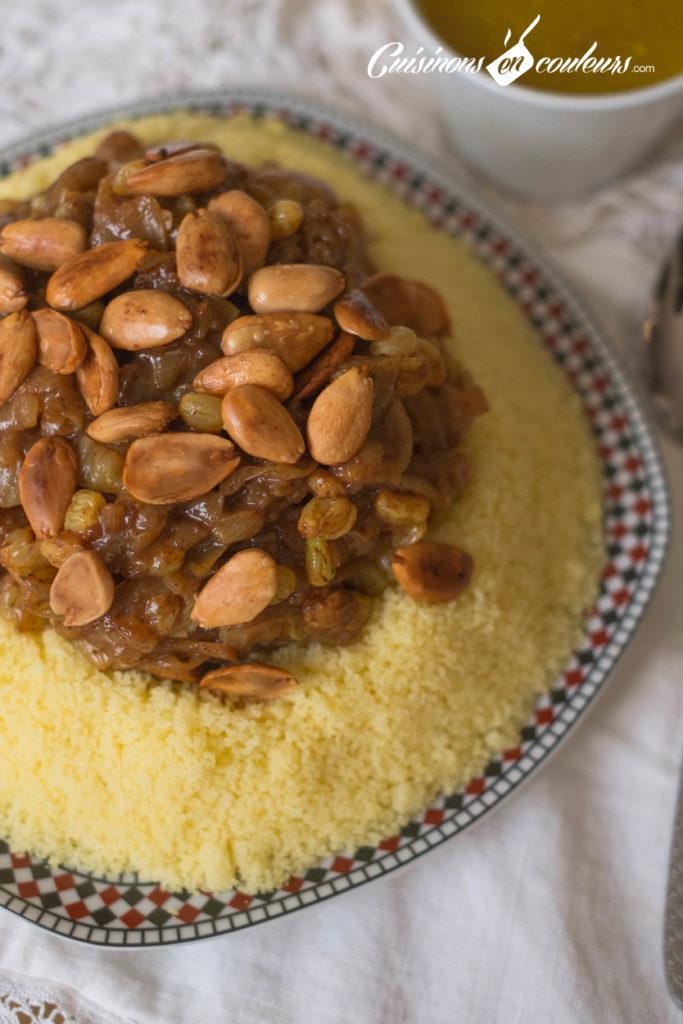 Couscous-Tfaya-11-683x1024 - Couscous au poulet et tfaya (confit d'oignons et raisins secs caramélisés)